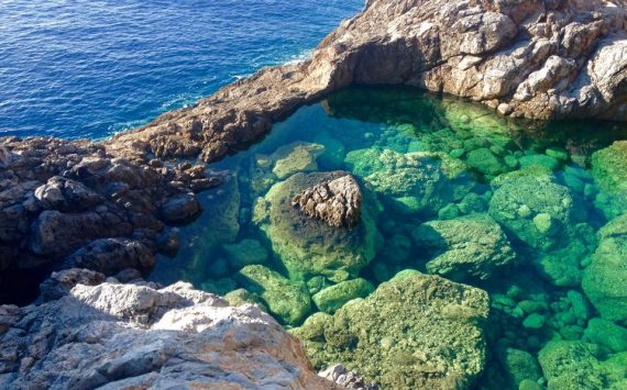 Kythira Green Lagoon-570x355